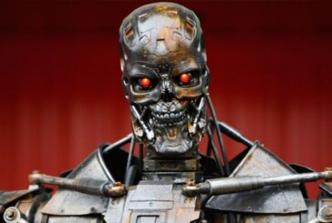 """Katil robot yasaklansın"""
