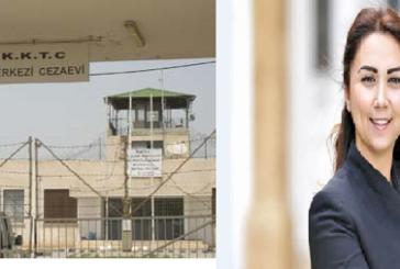 Cezaevinde 65 kişi yemek almayı reddediyor