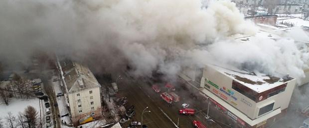 Rusya'da AVM'de 53 kişi yanarak can verdi