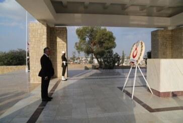 Dr. Fazıl Küçük Anıtı'nda tören düzenlendi