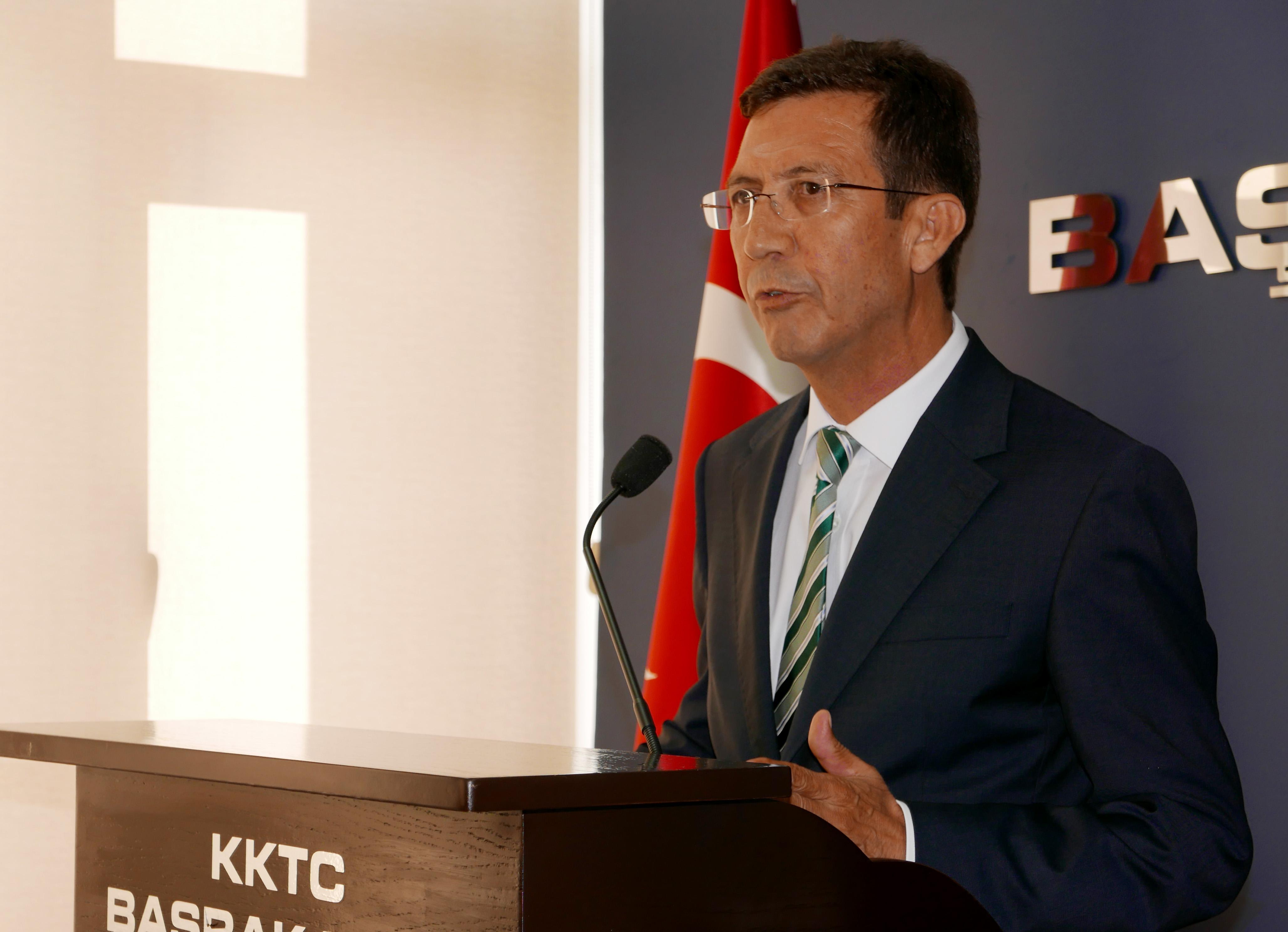 KKTC Merkez Bankası Başkanı: Bankaların hiçbir problemi yok - Er Meydanı TV