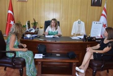 Besim, Kıbrıs Türk MS Derneği yetkililerini kabul etti