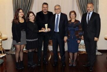 Akıncı, Tiyatrocu Hüseyin Köroğlu'nu kabul etti