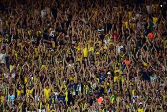 Küfürlü tezahüratın Fenerbahçe'ye bedeli 37 bin forma!