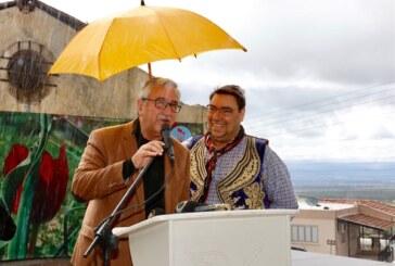 Akıncı, eşi Meral Akıncı ile birlikte, 15. Tepebaşı Lale Festivali'nin açılışına katıldı