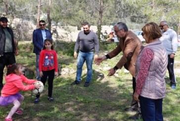 Akıncı, Geçitkale Belediyesi'nin düzenlediği Geleneksel Mart 9'u Pikniği'ne katıldı