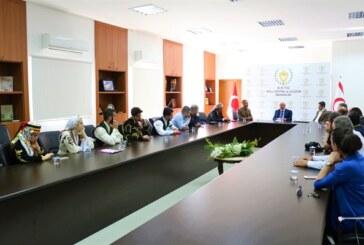 Özyiğit, Kıbrıs Türk Halk Dansları Federasyonu İle Türkiye Halk Oyunları Federasyonu heyetini kabul etti