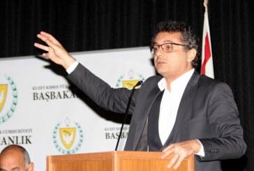 Başbakanlık halkla buluşma toplantıları… Erhürman Lefkelilerle bir araya geldi