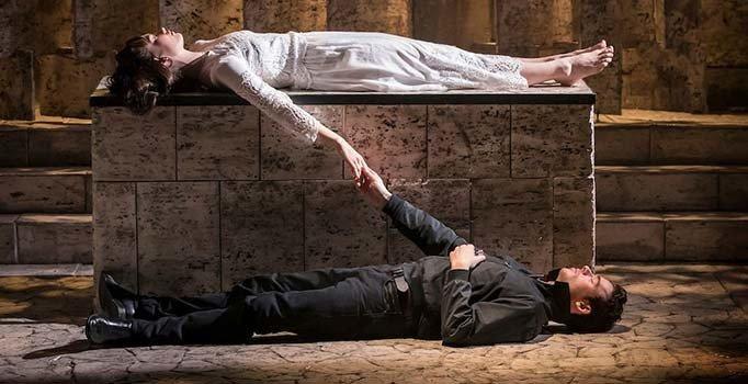 Shakespeare'in Romeo ve Juliet'i yazdığı ev bulundu