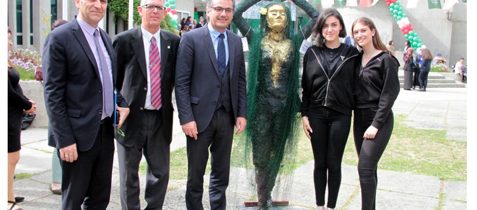 """Başbakan Erhürman """"Atık Malzemelerden Heykel Yarışması"""" etkinliğine katıldı"""