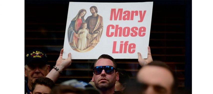 ABD'de kürtaj tartışmasını alevlendiren yeni yasa