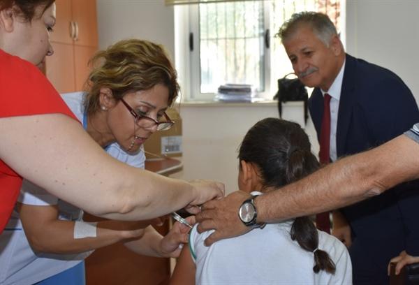 HPV aşısında ikinci doz yapıldı
