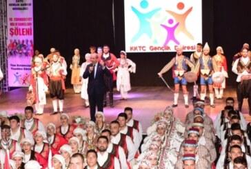 10. Cumhuriyet Halk Dansları Şöleni yapıldı