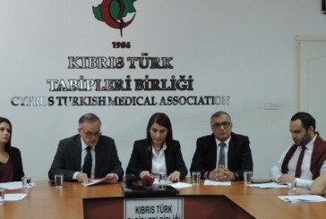 Kıbrıs Türk Tabipleri Birliği 22 Kasım Diş Hekimliği Günü nedeniyle basın toplantısı yaptı