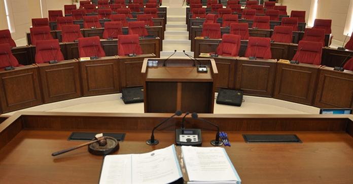 Meclis üç hafta sadece Pazartesi toplanacak