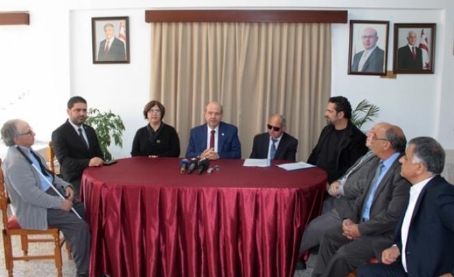 Başbakan'dan Engelliler Federasyonu'na ziyaret