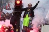 Fransa'da greve devam kararı