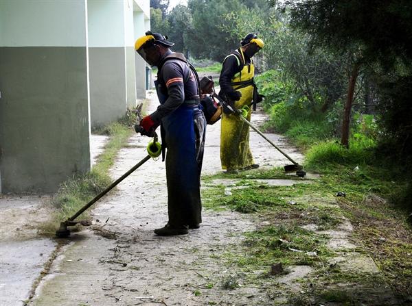 Lefkoşa Türk Belediyesi, Başkent Lefkoşa'ya bağlı okullarda temizlik ve bakım yaptı