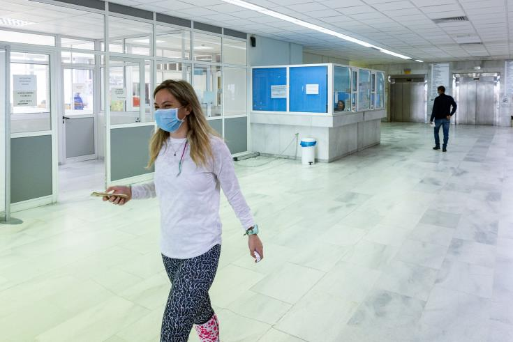 Güney'de Lefkoşa Genel Hastanesi ortopedi servisindeki tüm hasta ve çalışanlara test yapılacak