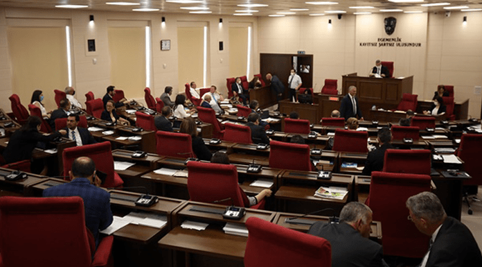 Meclis artık pazartesi ve perşembe günleri toplanacak