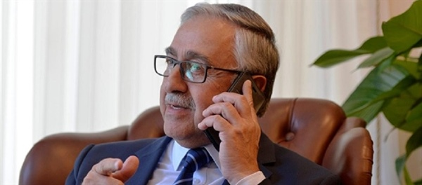 Cumhurbaşkanı Akıncı, Borell ile telefonda görüştü