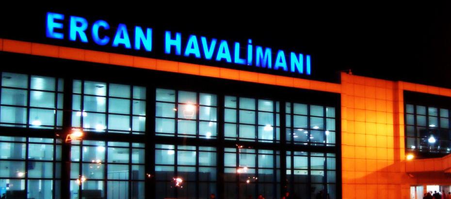 Ercan Havalimanı'na 3 buçuk ay aradan sonra ilk tarifeli uçuş gerçekleşti
