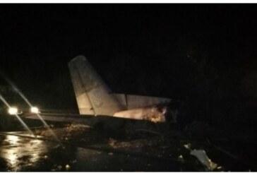 Ukrayna'da askeri uçak düştü
