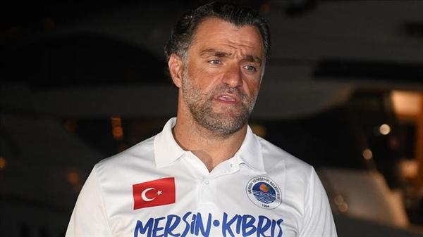 Milli sporcunun Mersin'den KKTC'ye yüzme hedefi yarım kaldı