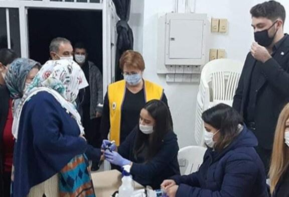Girne Ada Lions Kulübü ile Girne Leo Kulübü Tatlısu'da diyabet konferansı düzenledi