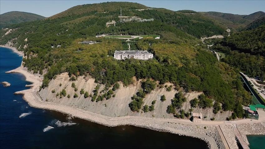 Putin'den '1,4 milyar dolarlık saray' iddialarına yanıt!