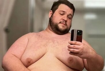 Hedeflediği kiloya ulaşmak için her gün 5.000 kalori alıyor