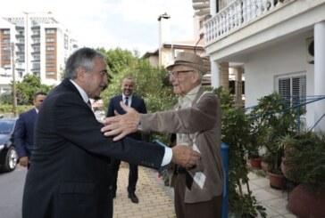 İki Limasollu'dan sıcak buluşma
