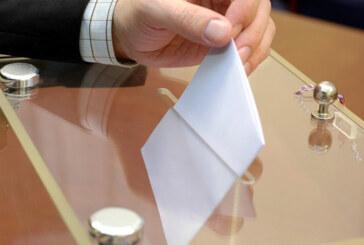 Siyasiler nerede kaçta oy kullanacak?