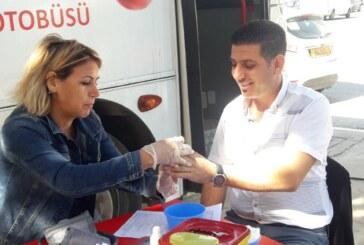 Döveç Grup'tan Kuzey Kıbrıs Kızılayı'na kan bağışı