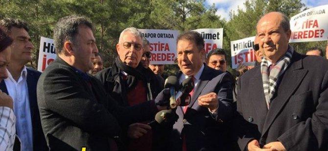 UBP,Ciklos'ta eylem yaparak, hükümeti sorumluluktan kaçmadan istifaya çağırdı