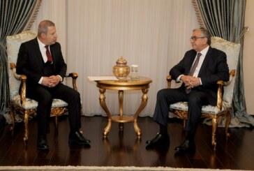 Mustafa Akıncı, Candan Avunduk başkanlığındaki Kıbrıs Türk Sanayi Odası yönetim kurulu üyelerinden oluşan heyeti kabul etti