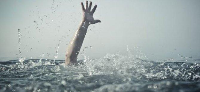 Aniden rahatsızlanarak boğulma tehlikesi geçirdi
