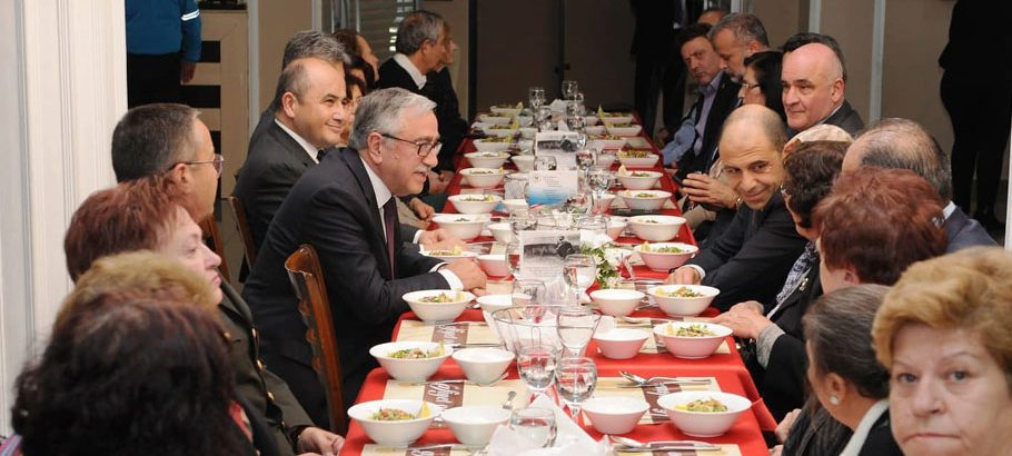 Cumhurbaşkanı Akıncı, şehit yakınları ile bir araya geldi