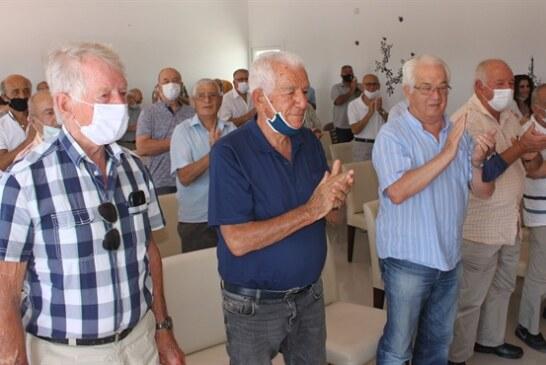 Erenköy Mücahitler Derneği, Erenköy'de Kıbrıslı Türklere yardım eden BM Subayı Lindh'e onursal üyelik verdi