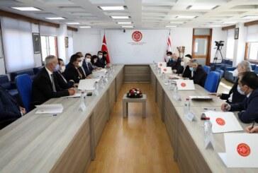 KKTC Milletvekilleri ile TBMM Dışişleri Komisyonu üyeleri toplantı yaptı