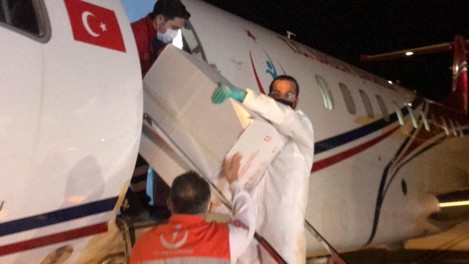 Türkiye'den KKTC'ye 40 bin doz Kovid-19 aşısı daha gönderildi