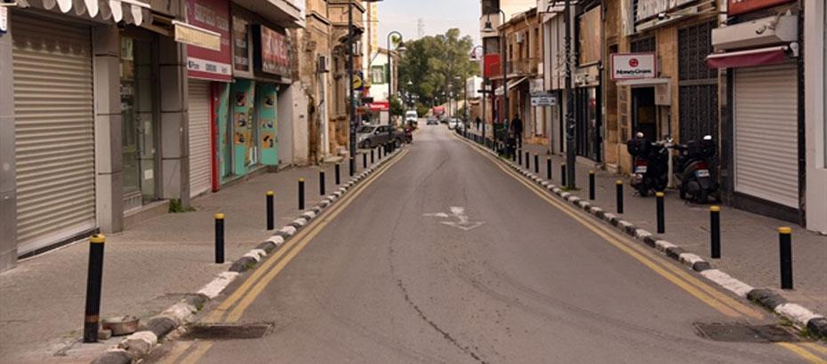 Yarından itibaren gece sokağa çıkma yasağı 21.00'de başlayacak; Marketler 20.00'de kapanacak